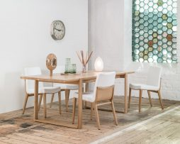 miza-delta-718_thonet-design_showroom_2