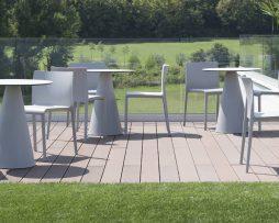 plastični stoli_gostinski stoli