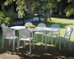 Stoli, mize, Showroom