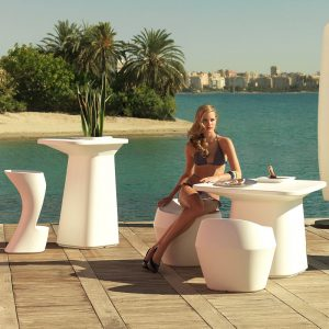 stoli_moma_vondom_showroom