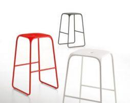 barski-stol_bobo-stool_infiniti_showroom