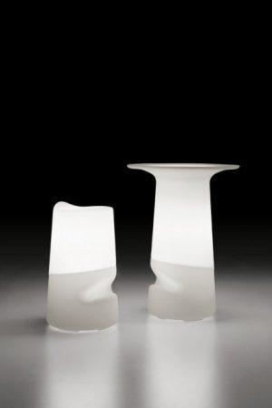 miza_broncio-table_infiniti_showroom