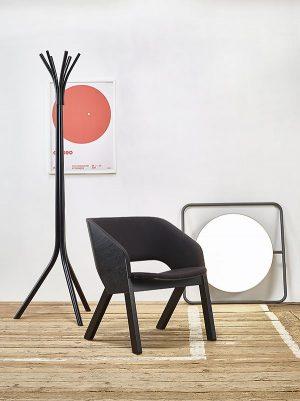 stol_stoli_leseni stol_gostinski stol_jedilni stol_oblazinjen stol_modern stol_nakladalni stoli