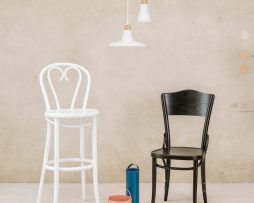 barski-stol-16_thonet-design_showroom_1