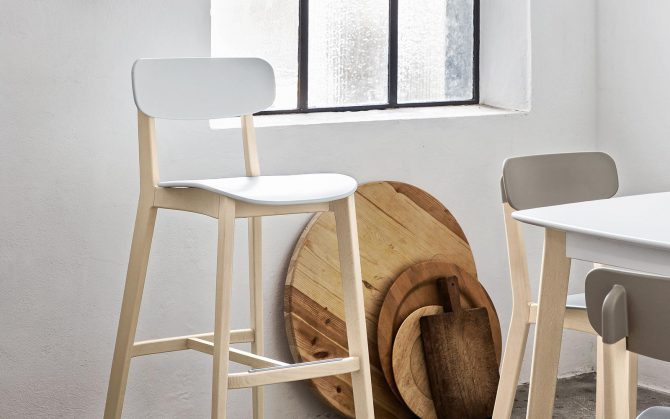 barski-stol-cream_calligaris_showroom_1