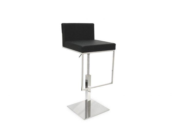 barski-stol-even-plus_calligaris_showroom_1