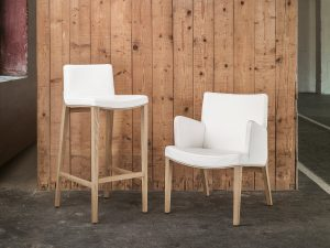 barski-stol-moritz_thonet-design_showroom_2