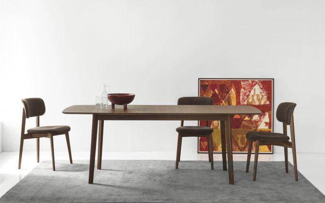 miza-cream-table_calligaris_showroom_1