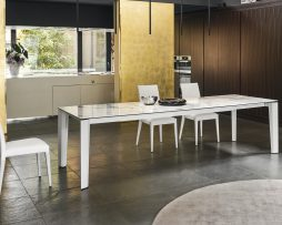 miza-delta_calligaris_showroom_1