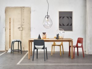 miza-leaf-442_thonet-design_showroom_1