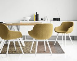 stol-igloo_calligaris_showroom_1