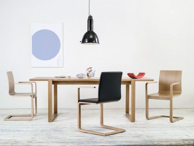stol-mojo_thonet-design_showroom_1