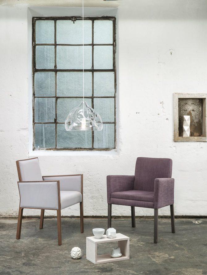 stol_stoli_lesen stol_oblazinjen stol_Thonet design_elegantni stol_gostinski stol_jedilni stol_jedilniški stol_modern stol