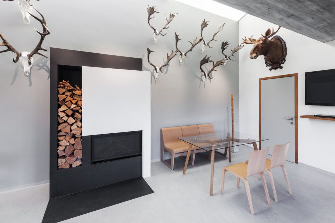 stol-simple_ton_showroom_1