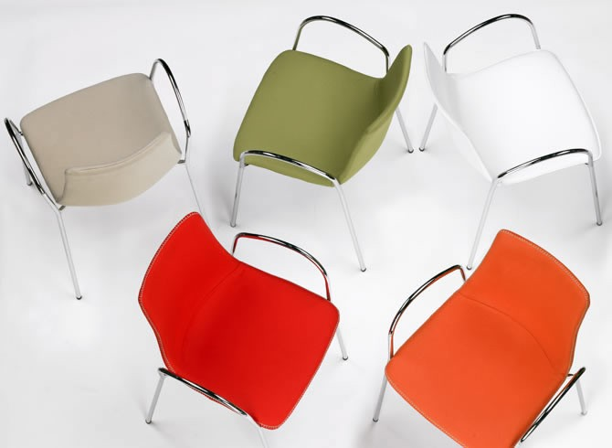 stol_zebra pop with armrests_scab_showroom_01